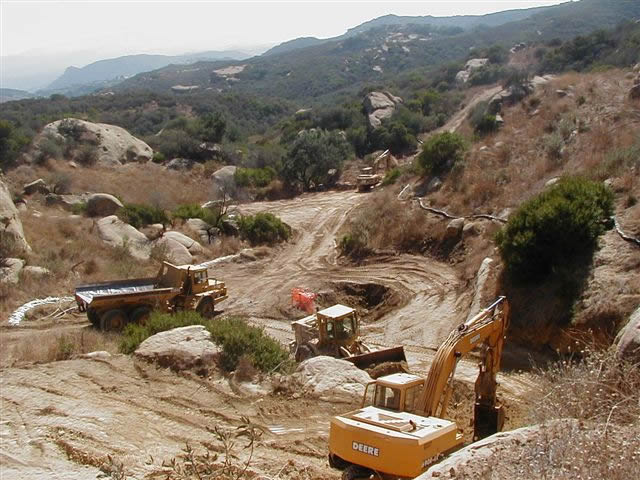 Happy-Valley-perchlorate-excavation-1
