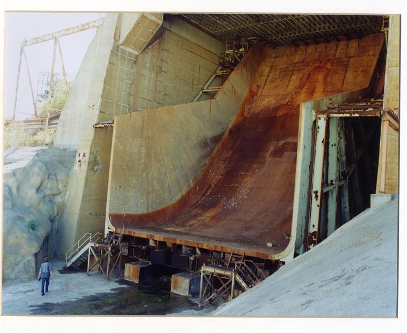 Rocketdyne-test-stand-chute