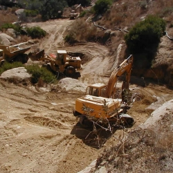 Happy-Valley-perchlorate-excavation-2